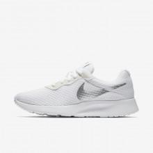 229UVBZE Nike Tanjun Livsstil Sko Dame Hvite/Metal Sølv