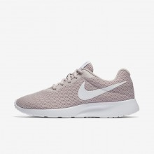 461CVLXS Nike Tanjun Lifestyle Shoes For Women Particle Rose/White