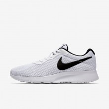 470AWRUF Nike Tanjun Lifestyle Shoes For Women White/Black