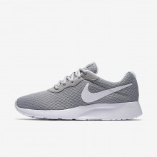 534RPFSV Nike Tanjun Lifestyle Shoes For Women Wolf Grey/White
