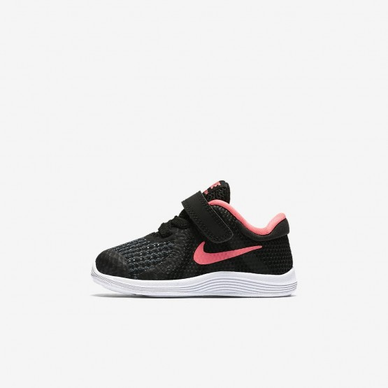 571PXQGN Nike Revolution 4 Running Shoes For Girls Black/White/Racer Pink