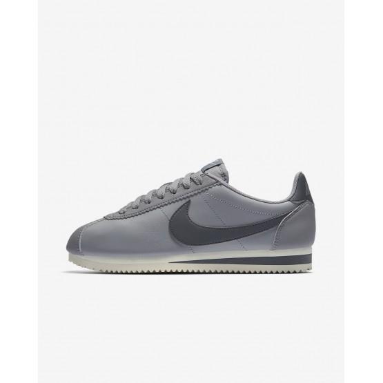 583IGJZF Nike Classic Cortez Lifestyle Shoes For Women Atmosphere Grey/Sail/Gunsmoke