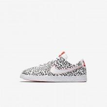 587XLTYE Poikien Lifestyle Kengät Nike Blazer Valkoinen/Mustat