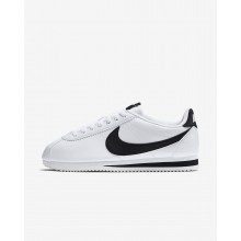 629ZOAKD Nike Classic Cortez Lifestyle Shoes For Women White/Black