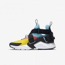 670LKTNC Nike Huarache Lifestyle Shoes For Boys Tour Yellow/Bleached Aqua/Racer Pink/Anthracite