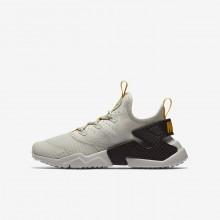 698UYLDW Nike Huarache Lifestyle Shoes For Boys Light Bone/Velvet Brown/Vivid Sulfur