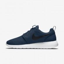 723DVKMT Nike Roshe One Lifestyle Shoes For Men Midnight Navy/White/Black