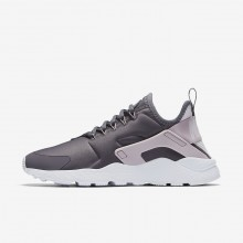 737GAPUY Nike Air Huarache Lifestyle Shoes For Women Gunsmoke/Particle Rose/White/Vast Grey