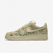 925DTOLG Nike Air Force 1 Lifestyle Shoes For Men Team Gold/Golden Beige/Gorge Green